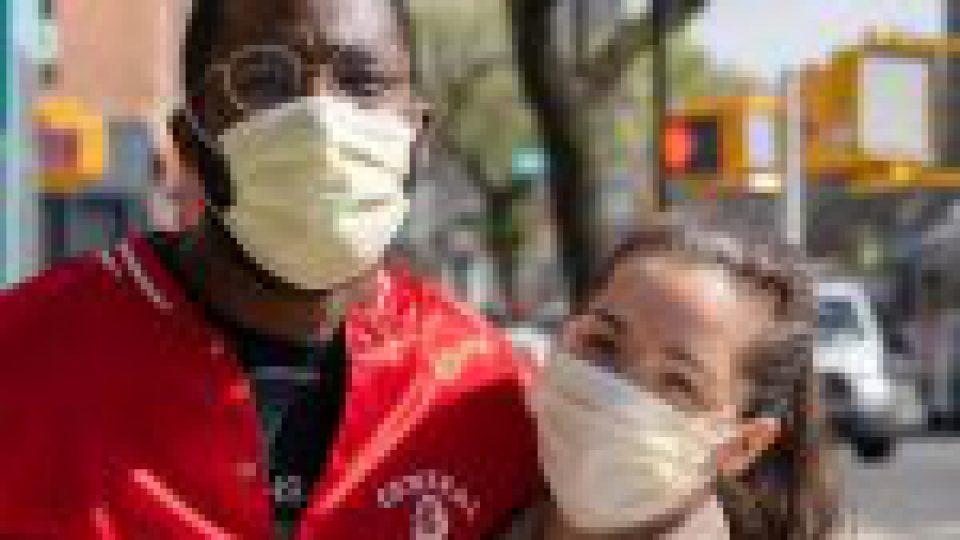 Covid-19: pourquoi il est important deprivilégier lesmasques chirurgicaux
